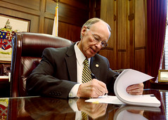 09-17-2015 FY2016 General Fund Budget Signed by Governor Bentley