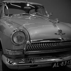 GAZ-21 Wolga (Alfred ter Wal) Tags: bw film monochrome car museum analog mediumformat gaz mf volga sovietunion ussr cccp wolga sovietdesign gaz21 arsat80mmf28 salyuts rolleirpx400