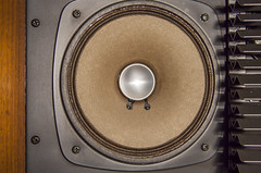 Sansui SP-2500 Vintage Speakers (AudioClassic) Tags: wood vintage lens oak grill filter acoustic 1970 horn audio speakers sansui woofer tweeter crossover vintageaudio midrange vintagehifi retrostereo bassreflex sp2500 audioclassic vintageloudspeakers