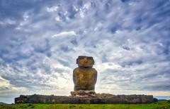 Ahu Ature Huki (Rice Bear) Tags: moai rapanui easterisland sunset clouds hdr ahu ahuaturehuki chile pacific ocean island hangaroa anakena isladepascua