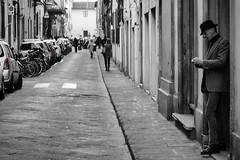 Florence (Ufuk Sha Agun) Tags: firenze florence floransa street streetphotography streetphoto gangs blackwhite blackandwhite blacknwhite