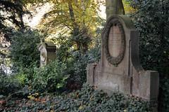 Heidelberg - Bergfriedhof 26 (fotomänni) Tags: friedhofsfotografie friedhofsimpressionen friedhof bergfriedhof bergfriedhofheidelberg cemetery cemeterypictures cemeteryimpressions cimetiere manfredweis