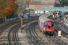 S8 (21071) - Northwood (GreenHoover) Tags: northwood lu londonunderground tube metropolitanline sstock s8 subsurfacestock surfacestock 21071