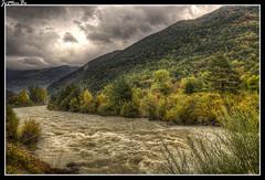 Broto (Huesca) (jemonbe) Tags: broto huesca aragn ara jemonbe pirineos pirineoaragons rio roara