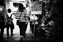 x-t2 xf35 f2 (kickod) Tags: xt2 fujifilm taiwan taipei street streetphotography streets urban urbanlife documentary blackandwhite monochrome mono candid candidsnapshot people xf35f2 xf35