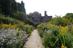 New Place & Nash's House (mademoisellelapiquante) Tags: uk england architecture garden shakespeare tudor warwickshire stratforduponavon newplace midlands nashshouse newplaceandnashhouse
