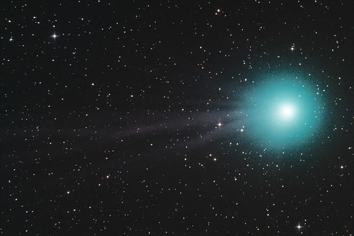 "cometa2-1-4 • <a style=""font-size:0.8em;"" href=""http://www.flickr.com/photos/136607044@N02/21732948170/"" target=""_blank"">View on Flickr</a>"