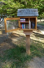 Little Free Library, Lawrence (ali eminov) Tags: lawrence kansas books libraries littlefreelibrary