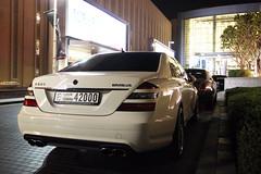 Mercedes-Benz Brabus S T65 S (R_Simmerman Photography) Tags: winter white mall dubai united parking s emirates arab mercedesbenz tuning supercars valet brabus t65 sportcars 2013 dubaicars hypercars carsofdubai