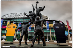 151029_170807 (Snappist) Tags: sculpture statue rugby stadium twickenham rugbyworldcup