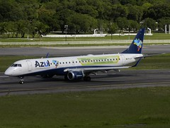 PR-AYT AZUL Linhas Areas Brasileiras Embraer ERJ-195AR (ERJ-190-200 IGW) - cn 19000429 (Diegonvs) Tags: fab azul brasil plane airplane one fly airport nikon force aircraft aviation air jet aeroporto ukraine aeroplane cargo planes airbus fir recife boeing avio airforce aviao airlines executive takeoff glo gol mil aviao nordeste rec embraer learjet p500 planespotting antonov infraero erj190 avianca latam aviacao aeronave guararapes sbrf ejet erj195 planeporn ejets sharklets ptmxf