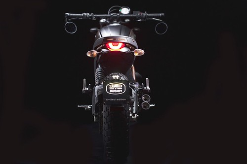 Ducati Scrambler Italia Independent LE