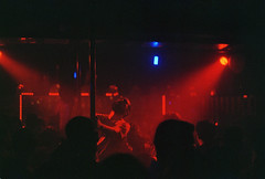 Saturday Night (trocaofilme) Tags: sopaulo sp brazil brasil night saturday saturdaynight gay poledance sopaulobynight analog analogphotography fuji superia fujisuperiaxtra film filmcamera pentax k2 pentaxk2 bear lamour nightclub lamournightclub repblica festatenda