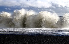 Breaking (Sanda_I) Tags: waves texture water ocean atlantic breaking curve weather iceland cold europe north travel moment vik south clouds beach black volcanic ngc
