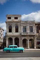 Havana (Sally Dunford) Tags: sallyoctober2016 havanacuba havanaamericancar canon7d canon1755mm