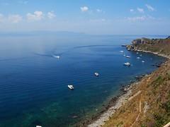 Baia di Sant'Antonio-Milazzo (ME) (nunziod83) Tags: milazzo baia santantonio yacht barche panorama mare capo messina sicilia