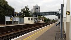Wandsworth Road Station (sarflondondunc) Tags: wandsworthroadstation wandsworthroad lambeth london trainstation footbridge