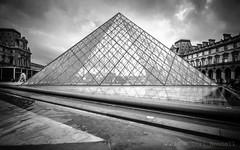 Glass ceiling (farflungistan) Tags: april2016 france paris louvremuseum pyramid architecture bnw parisbnw muséedulouvre louvrepyramid pyramidedulouvre impei