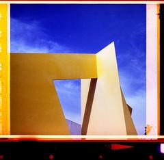 Es Baluard Museu d'Art Modern i Contemporani de Palma (pho-Tony) Tags: 126 palma minoltaautopak600x minolta autopak 600x 600 x instamatic 28x28 squareformat rokkor 38mm f28 128 automatic cartridge 126cartridge square solaris ferrania 200 expired rollei digibase c41