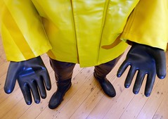 Indoor Explorer (essex_mud_explorer) Tags: hellyhansen nusfjord gauntlets rubber gloves marigoldemperor me107 rainwear raincoat rainjacket waders cuissardes watstiefel rubberwaders rubbergloves rubbergauntlets century uniroyal gummistiefel