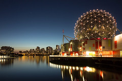 World of Science and Skyline (Gereon Zwosta) Tags: eos600d vancouver falsecreek scienceworld longexposure night sunset