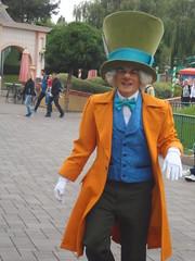 Disneyland Paris 2016 (Elysia in Wonderland) Tags: disneyland paris disney france theme park joe elysia lucy holiday 2016 character meet greet mad hatter alice wonderland
