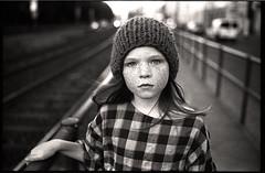 ninel (apasz) Tags: ninel freesisters lookbook berlin girl kids film kodak trix leica