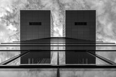 twins (Blende1.8) Tags: cologne köln nrw architecture architektur modern contemporary urban symmetry symmetrie buildings sky huimmel wolken clouds reflection mono monochrome monochrom schwarz weiss gals glass fenster window windows fassade facade carstenheyer nikon d610 afs 2485mm