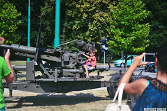 DSC_0722 (Mateusz Woek) Tags: black car truck soldier army mercedes benz tank polish august limo mercedesbenz kit hummer h1 h2 humvee kitcar tatra tychy 2015 t34 polskiego wito czog sierpie wojska onierz spadochroniarz