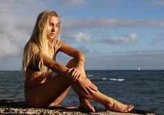 (ropeburn864) Tags: ocean sea sun beach canon hawaii oahu ambientlight naturallight sunny bikini blonde ambient honolulu 7dmkii murrmade