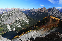 424B6753 (forrest.croce) Tags: mountains larches northcascades noca fall color larch