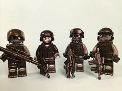 E.D. Elite Barf (Dyroth) Tags: lego barf minifig minifigures legominifig customlego brickarms legoguns legominifigures legomilitary legowar minifigcat legobarf quickscoperhardscopermlg