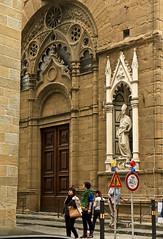 A2340FLOc (preacher43) Tags: santa italy church architecture del florence maria ponte via mercato por vecchio loggia nuovo