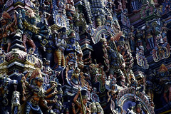 Freshly painted statues (Hubert Streng) Tags: madurai meenakshi amman temple india statues figures colour color colorfull colourfull paint