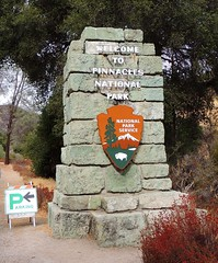 Pinnacles Entrance Sign (Craigs Travels) Tags: pinnacles nationalpark sign