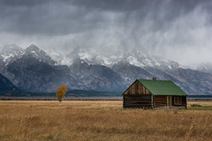Mormon Row Barn (pixelmama) Tags: grandtetonnationalpark wyoming nationalpark findyourpark mormonrow antelopeflatsroad barn tetonmountains pixelmama landscape snow