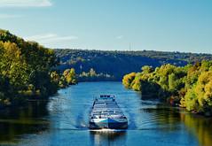 Schiff auf dem Main bei Erlenbach (ttundh) Tags: main schiff churfranken erlenbach herbst autumn