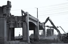 6th Street Bridge Demolition (ROSS HONG KONG) Tags: bridge demolish demolished construction losangeles streetphoto black white bw blackandwhite noir monochrome monochrom leica street