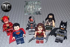 Lego Justice League (Barratosh#2) Tags: justice league flash superman cyborg wonder woman aquaman batman 2017 dceu lego minifigure man steel