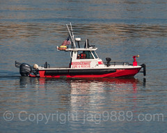 Edgewater Fire and Rescue Boat on the Hudson River, New Jersey (jag9889) Tags: jag9889 usa bergencounty fireboat firedepartment river waterway edgewater rescue newjersey outdoor 2016 boat hudsonriver 20161006 07020 gardenstate nj ship unitedstates unitedstatesofamerica vessel water zip07020 us