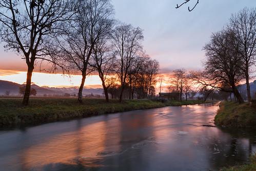 Fluid Sunrise