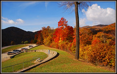 I-26 Overlook (Jerry Jaynes) Tags: tennesseevirginia tennesseevirginia035edcf tn tennessee i26overlook overlook fall fallcolors leaves mountains nikkor1685vr