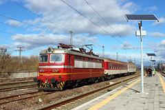Going Solar (Krali Mirko) Tags: bdz train electric locomotive skoda 68e4 45172 yambol bulgaria railway transport wagon