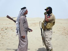 Iraqi Soldier and Bedouin Tribesman (D-Stanley) Tags: iraqi soldier bedouin tribesman sumerian nasiriyah iraq looting
