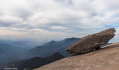 Balanced rock on a cloudy day (Photosuze) Tags: sequoia sequoianationalpark rock balancedrock clouds sky haze mountains california landscape