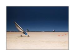Coup de vent (MOINELE) Tags: mer ocean vagues beach plage sable vent char ooops wind voile