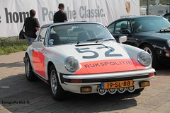PORSCHE 911 K TARGA  1977 (dirk..) Tags: 2 classic dutch car k festival club one williams lotus group 911 police grand historic prix mclaren pre porsche engines formula oldtimer gt 1977 oldtimers dirk zandvoort touring fia friesland drivers heerenveen nk 61 paddock targa gentlemen ligier c45  vierde formule showcars 6530 lurani hgpca cars30 66 fotografiedirk dirkvv 1aut gttc20 htgt20 trophy25