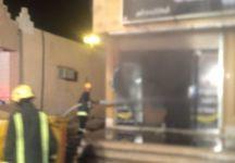 مدني عقلة الصقور يخمد حريق اندلع بمحل تجاري (oqlanews) Tags: صور اخبار القصيم الصقور عقلة
