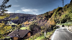 Malegno 1 (sandra_simonetti88) Tags: italien italy mountains alps montagne strada italia autunno lombardia italie valcamonica vallecamonica malegno