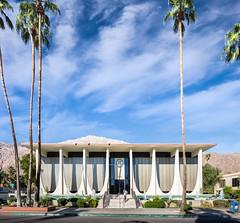 Coachella Valley Bank (Chimay Bleue) Tags: architecture modern williams modernism bank palm architect stewart springs valley e chase coachella brasilia modernist midcentury